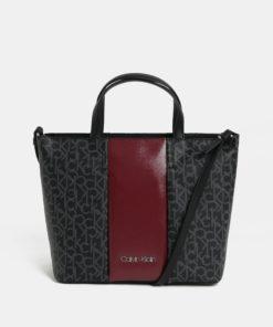 Vínovo-černá kabelka s potiskem Calvin Klein Jeans